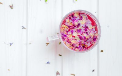 Tee-Zeremonie der Liebe